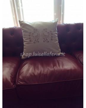 Cuscino con pavoncelle sarde